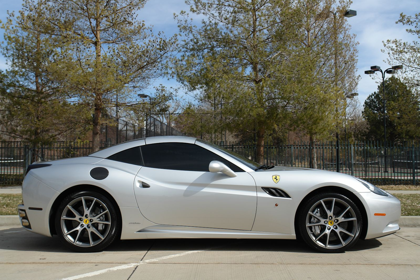 2010 Ferrari California #17