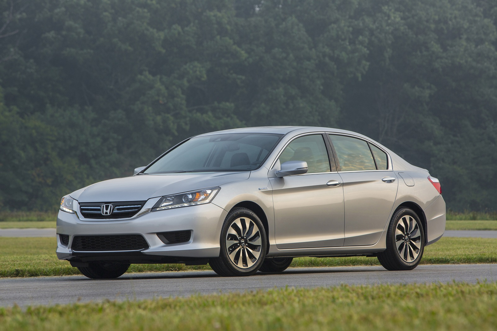 Honda Accord Hybrid #1