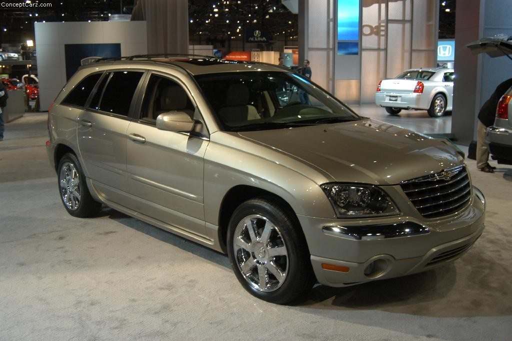 2004 Chrysler Pacifica #5