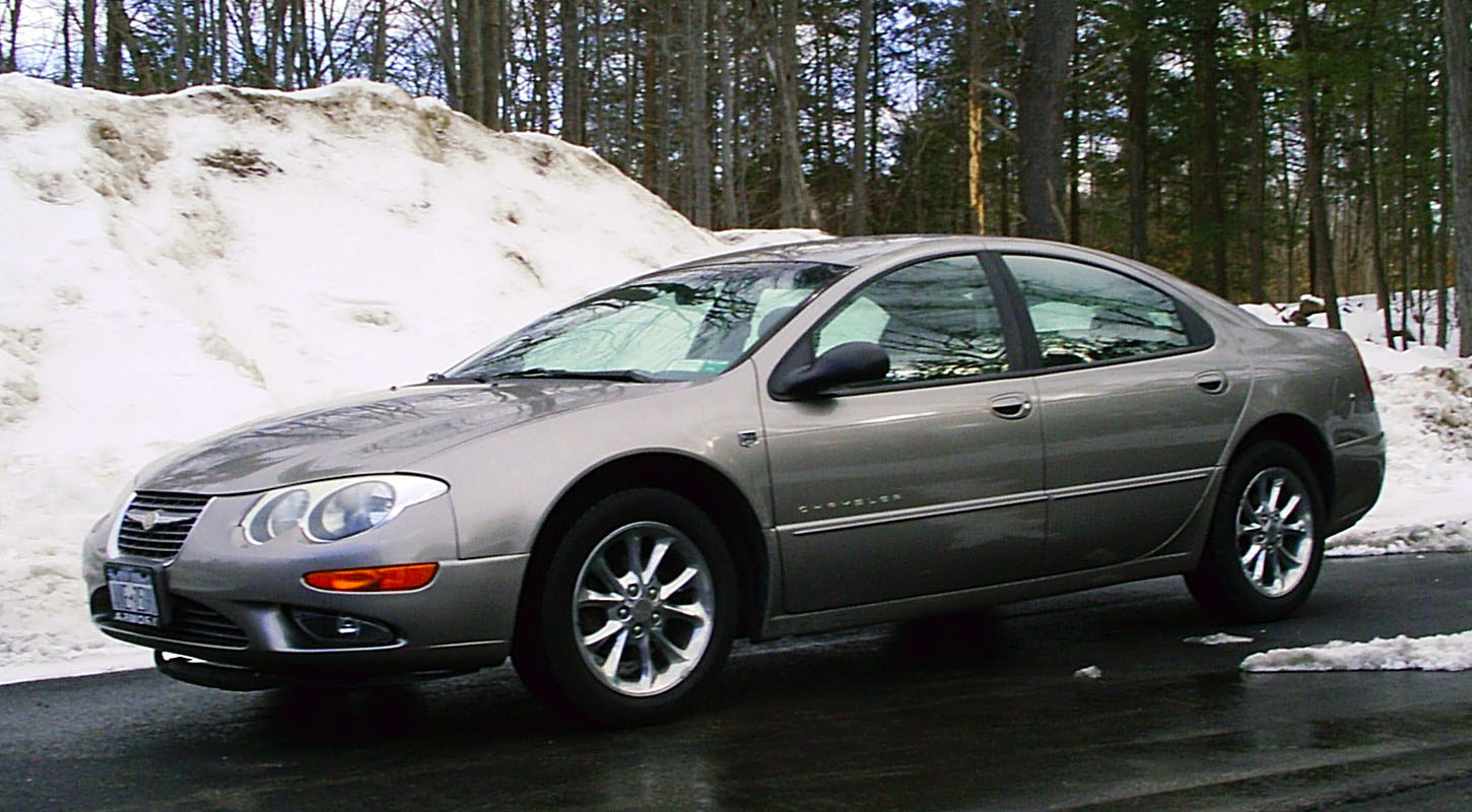 2004 Chrysler 300m #17