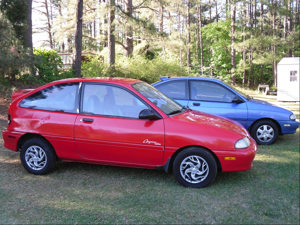 1995 Ford Aspire #4