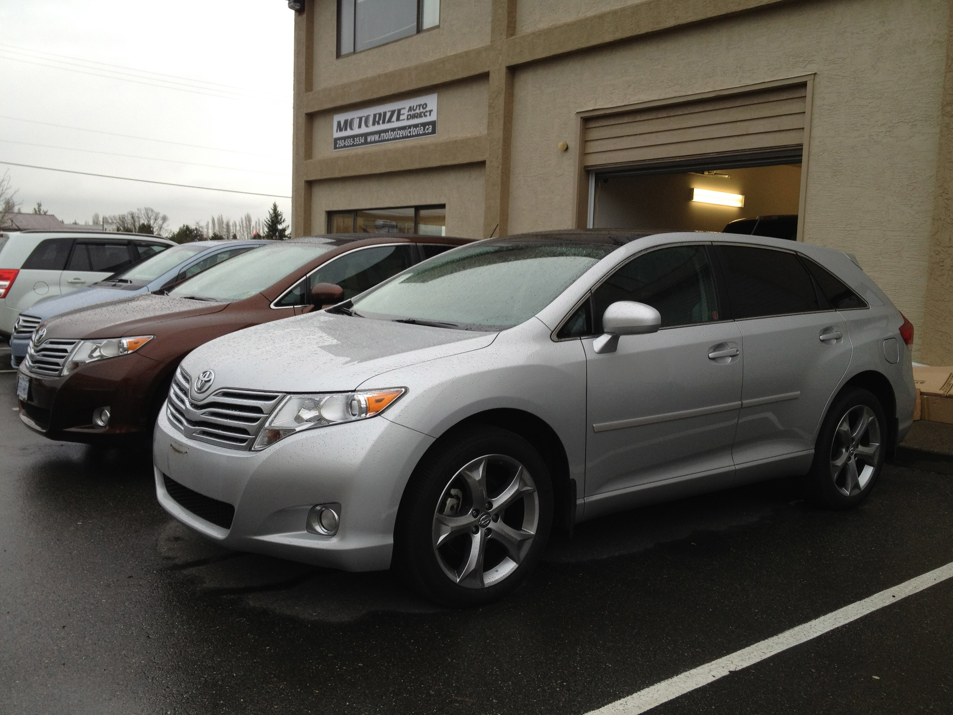 created driving suv review rapha toyota reviews limited venza road test awd l with