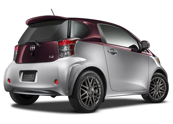 2014 Scion Iq #4