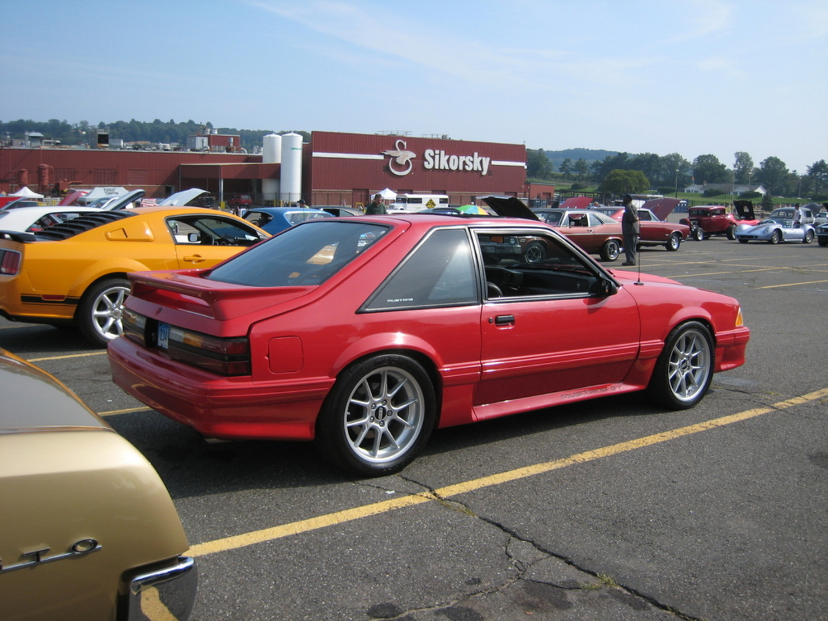1990 Ford Mustang #16