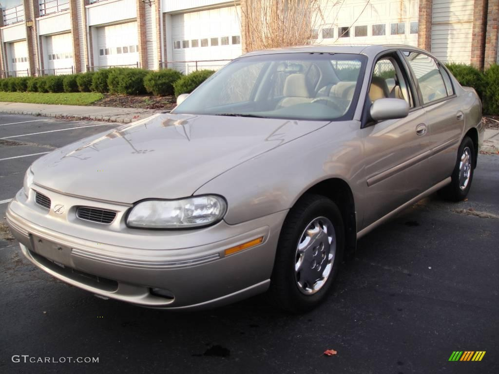 1998 Oldsmobile Cutlass #5
