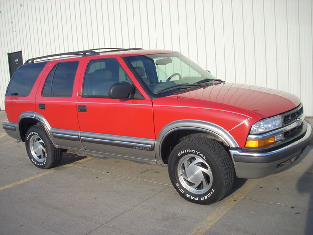 1999 Chevrolet Blazer Photos  Informations  Articles