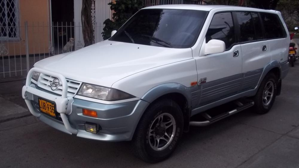 2003 Ssangyong Musso #8