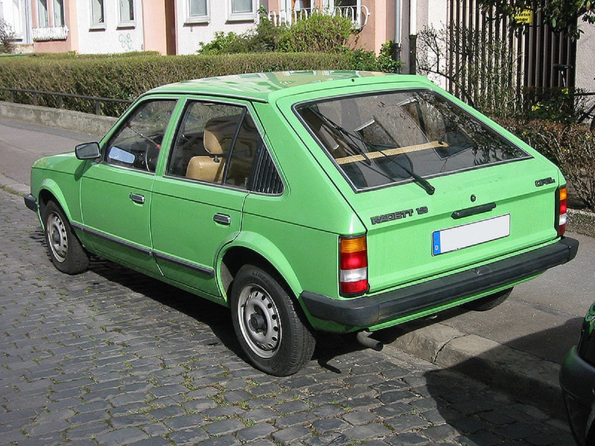 1984 opel kadett photos informations articles. Black Bedroom Furniture Sets. Home Design Ideas