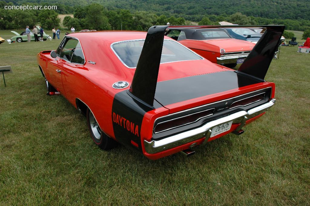 Dodge Daytona #14