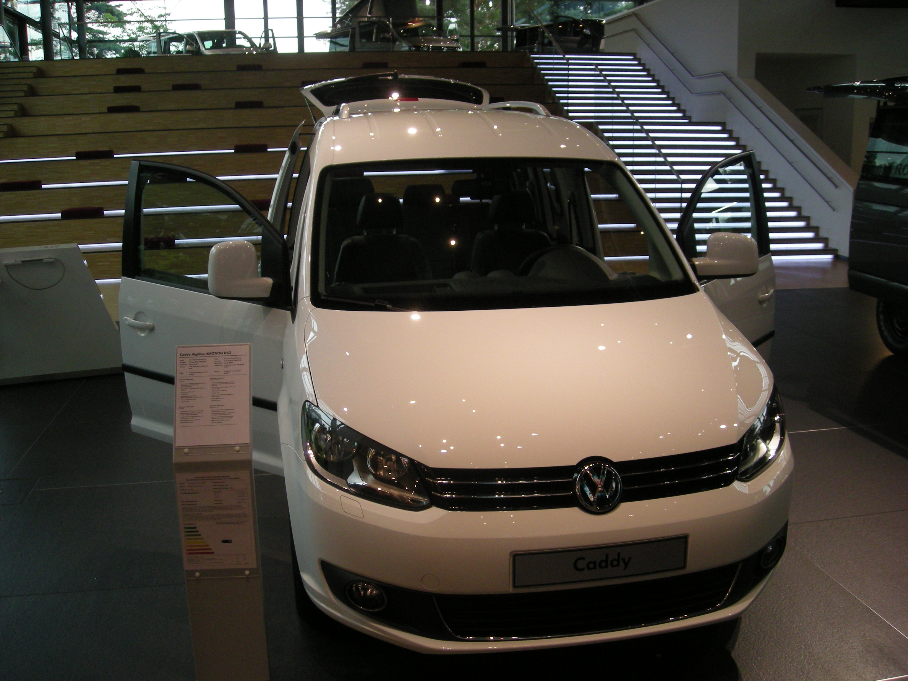 2012 Volkswagen Caddy #13