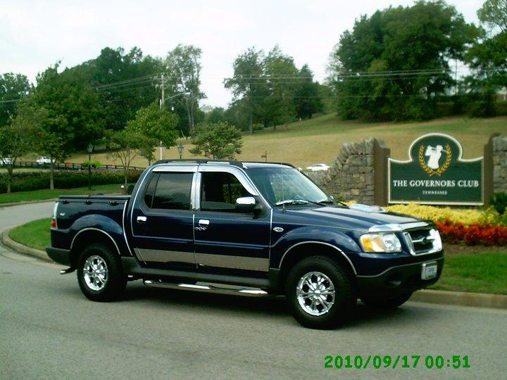 2004 Ford Explorer Sport Trac #9