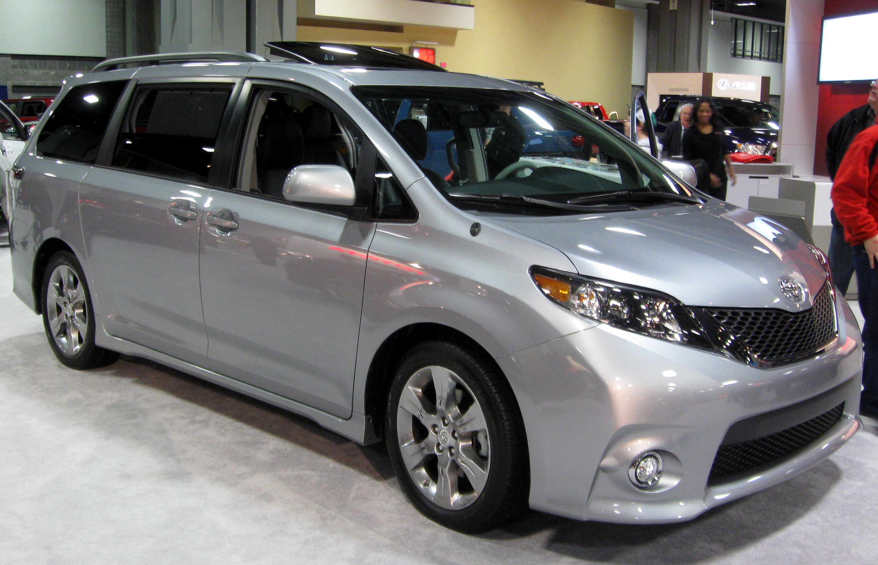 Toyota Sienna s Informations Articles BestCarMag