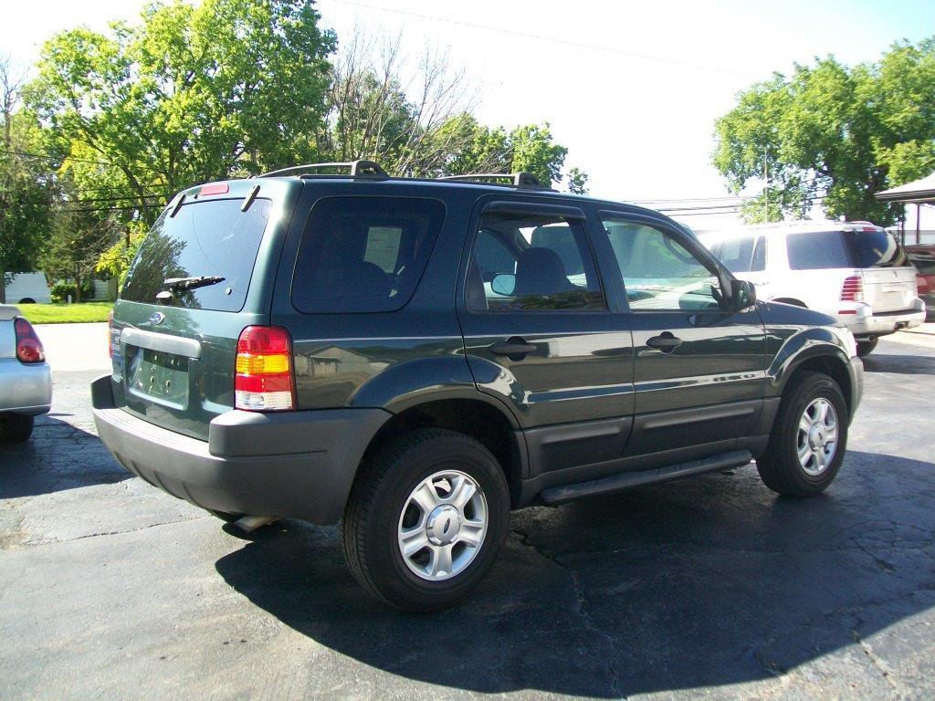 2004 Ford Escape #13