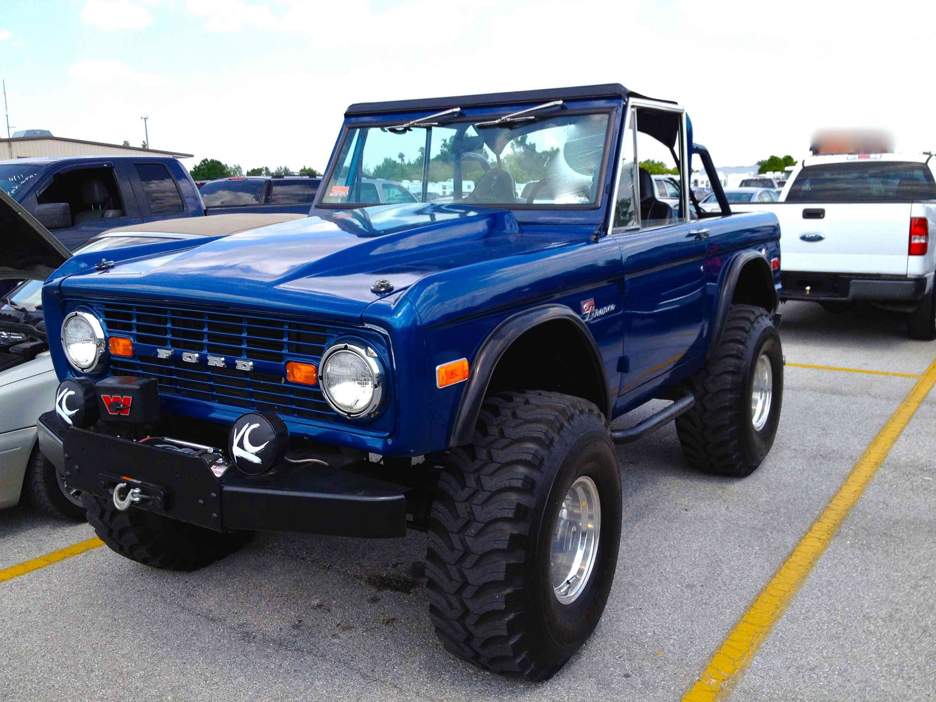 Ford Bronco Photos Informations Articles 1980 Blue 14