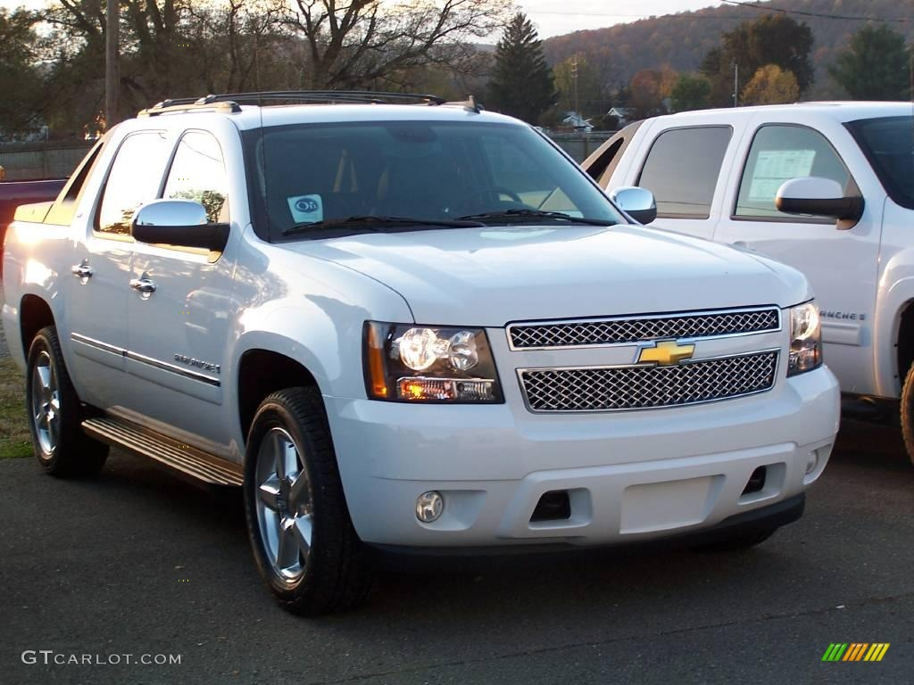 2009 chevrolet avalanche photos informations articles. Black Bedroom Furniture Sets. Home Design Ideas