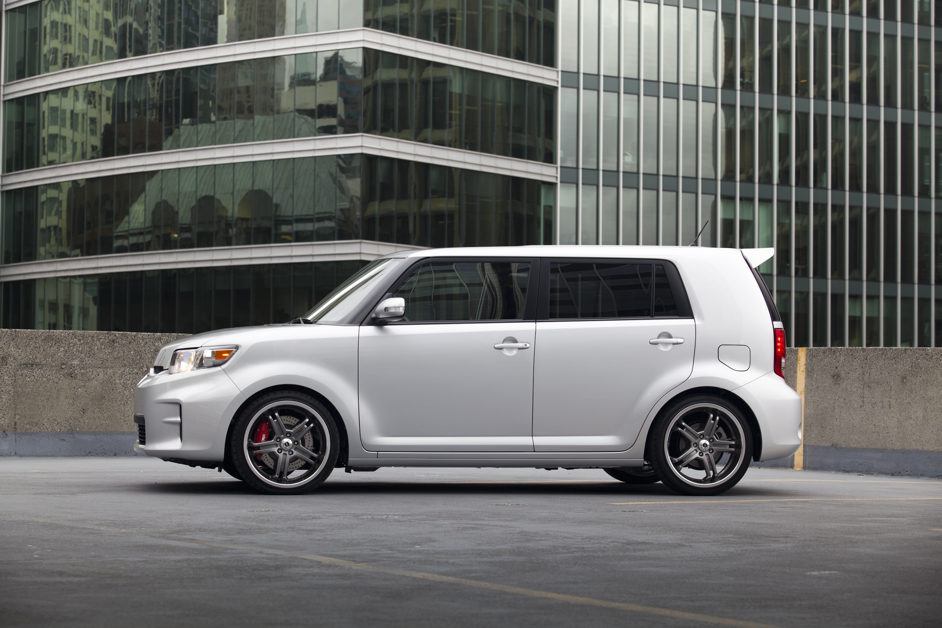 2011 Scion Xb #18