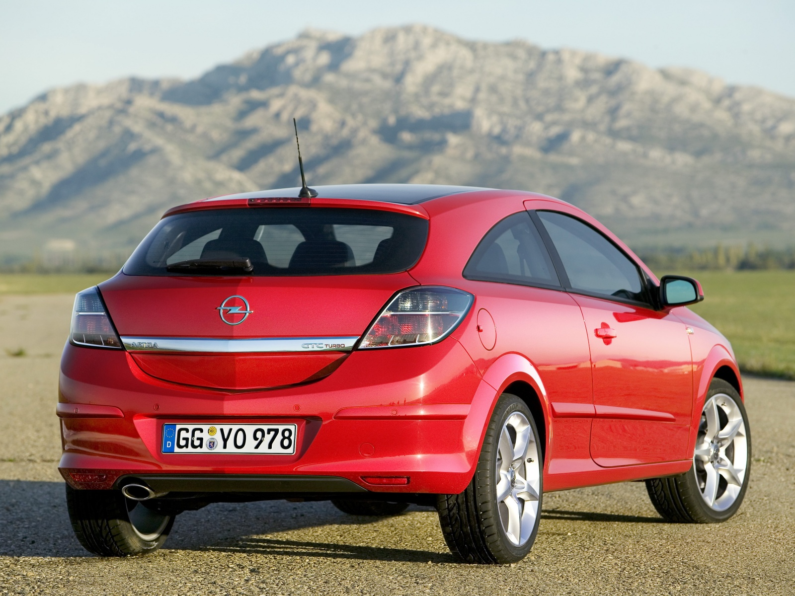 2008 opel astra photos informations articles. Black Bedroom Furniture Sets. Home Design Ideas