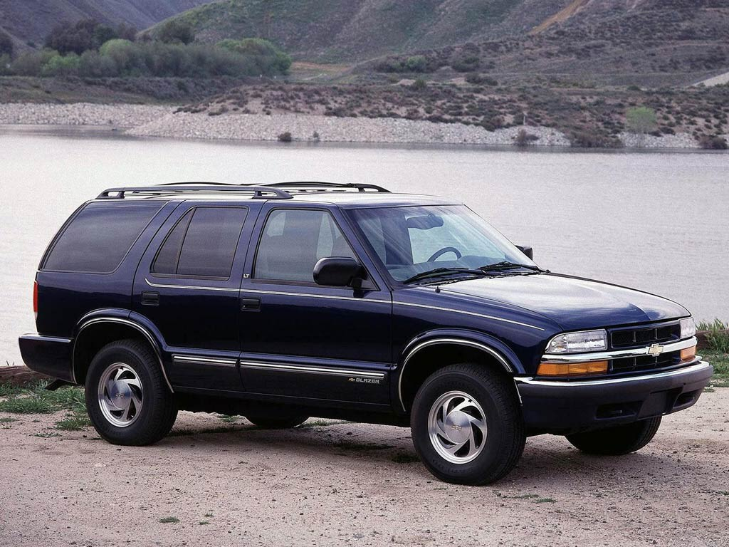 1999 Chevrolet Blazer Photos Informations Articles 2001 Chevy Wiring Diagram Parts 1