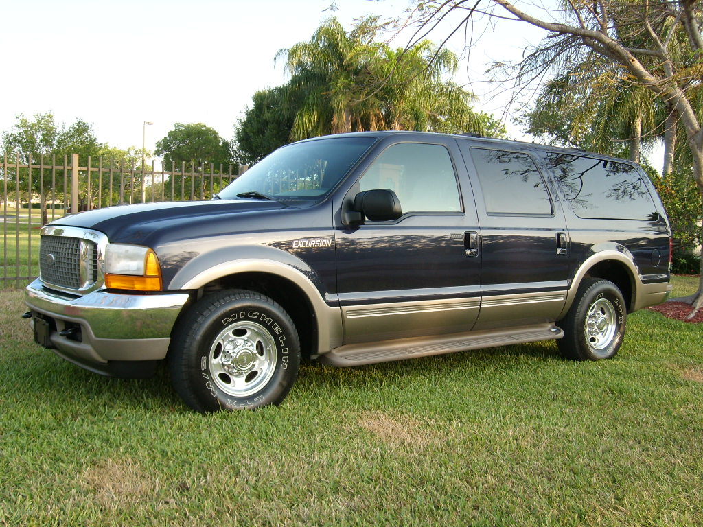 2000 Ford Excursion #3