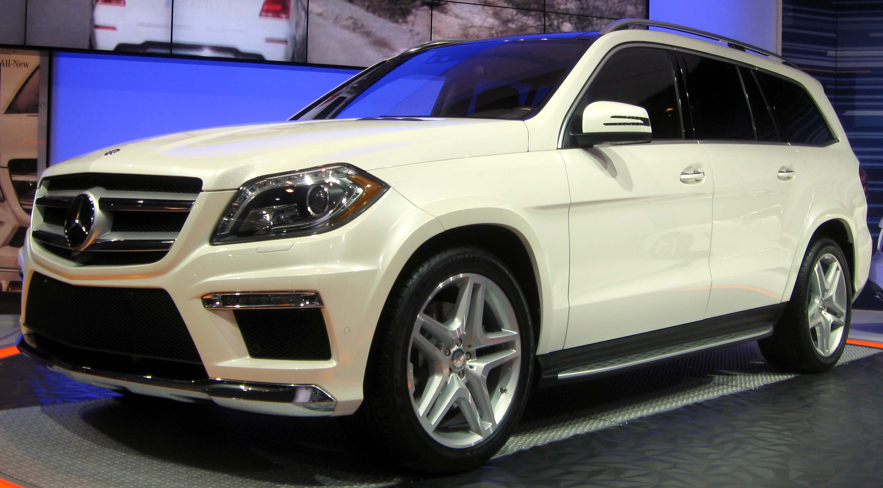 Mercedes-Benz GL #5