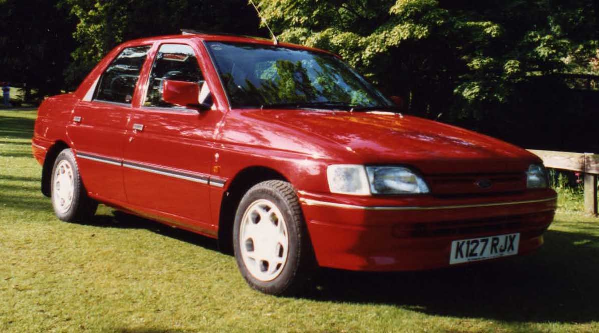 1993 Ford Orion #5