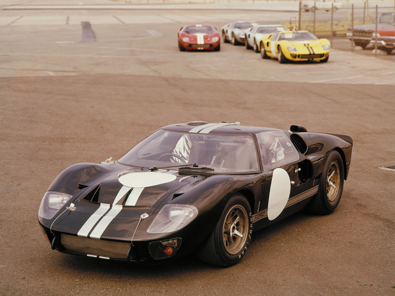Ford GT 40 #9