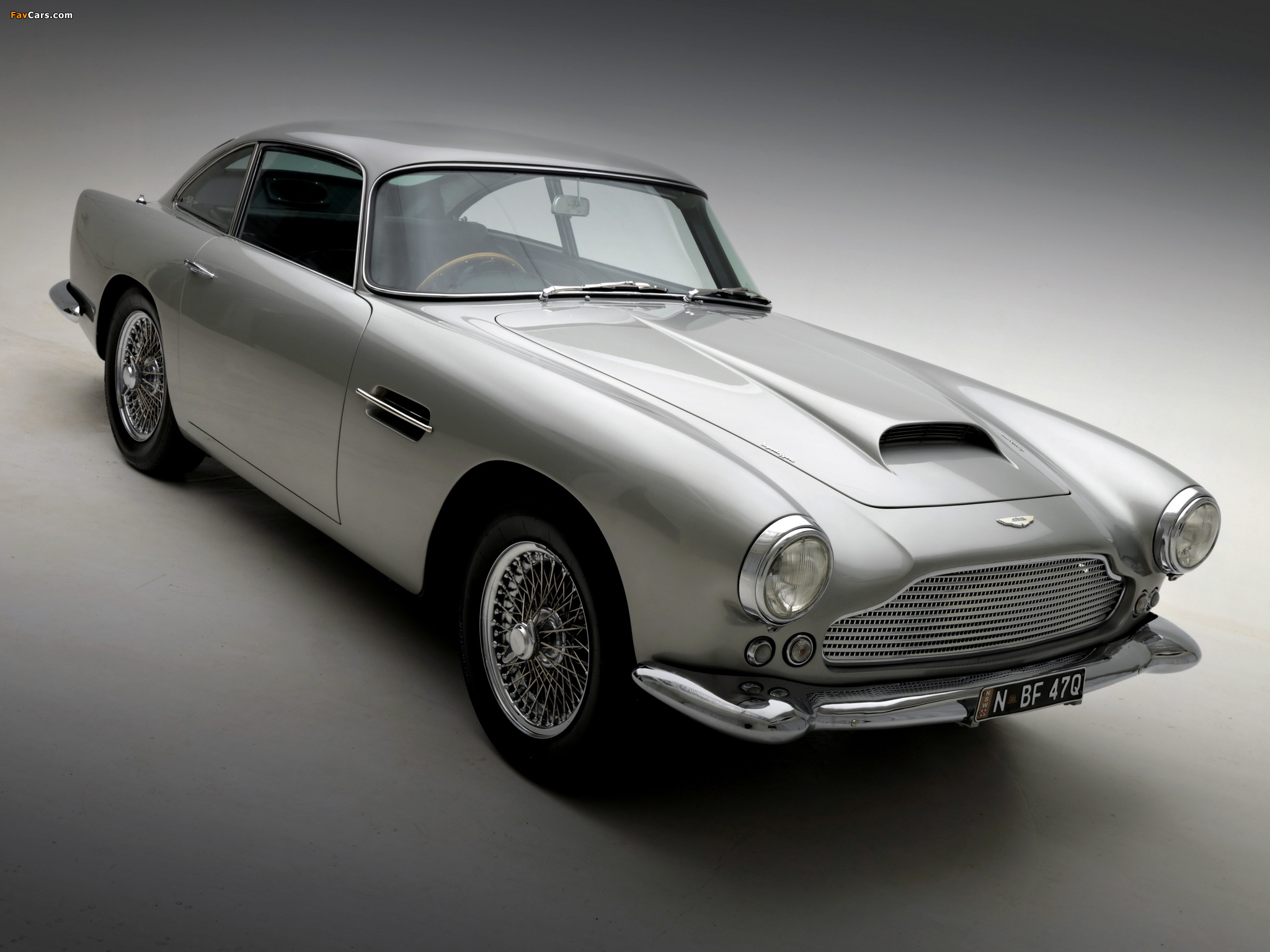 1961 Aston Martin Db4 Photos Informations Articles Bestcarmag Com