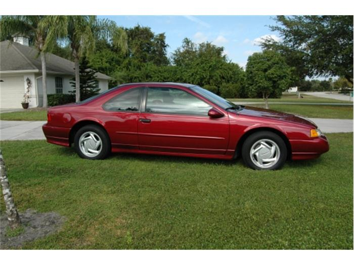1995 Ford Thunderbird #16