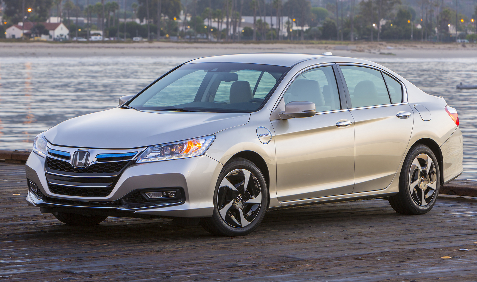Honda Accord Hybrid #12