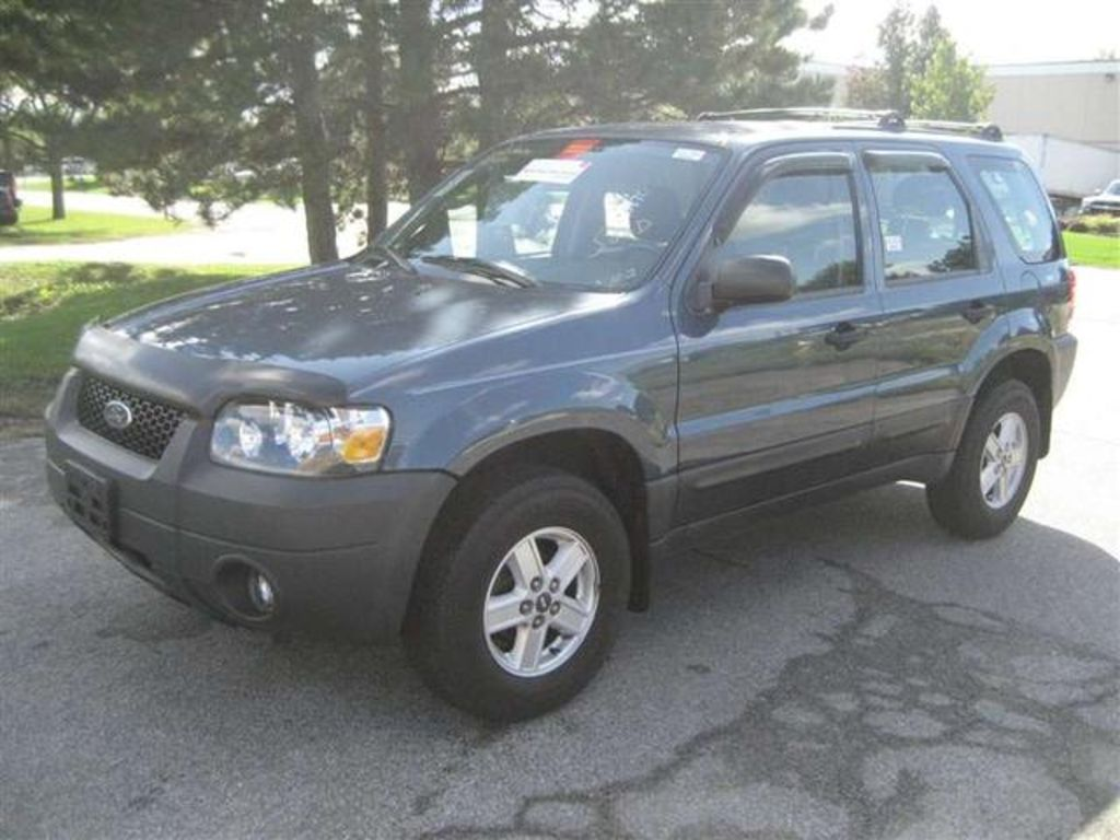 2004 Ford Escape #15