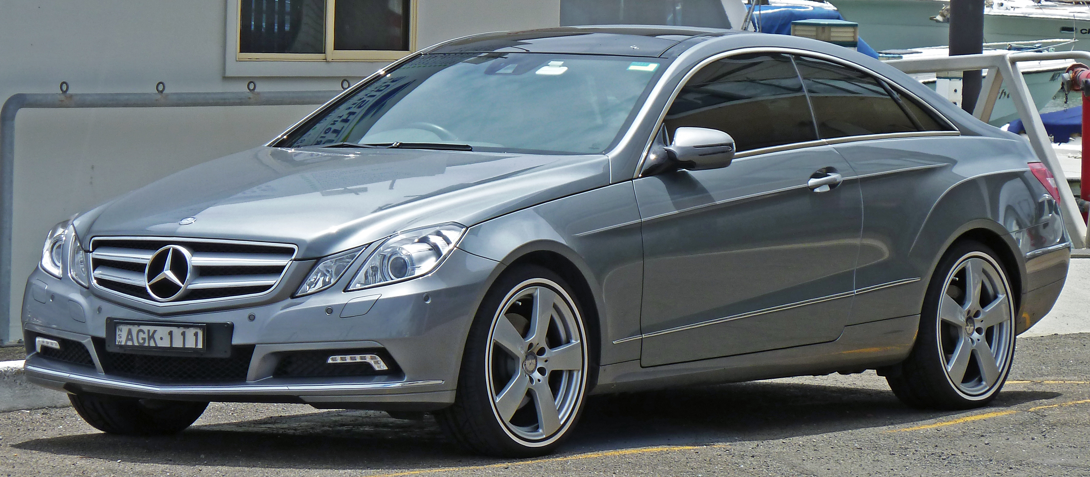 2010 Mercedes Benz E Photos Informations Articles