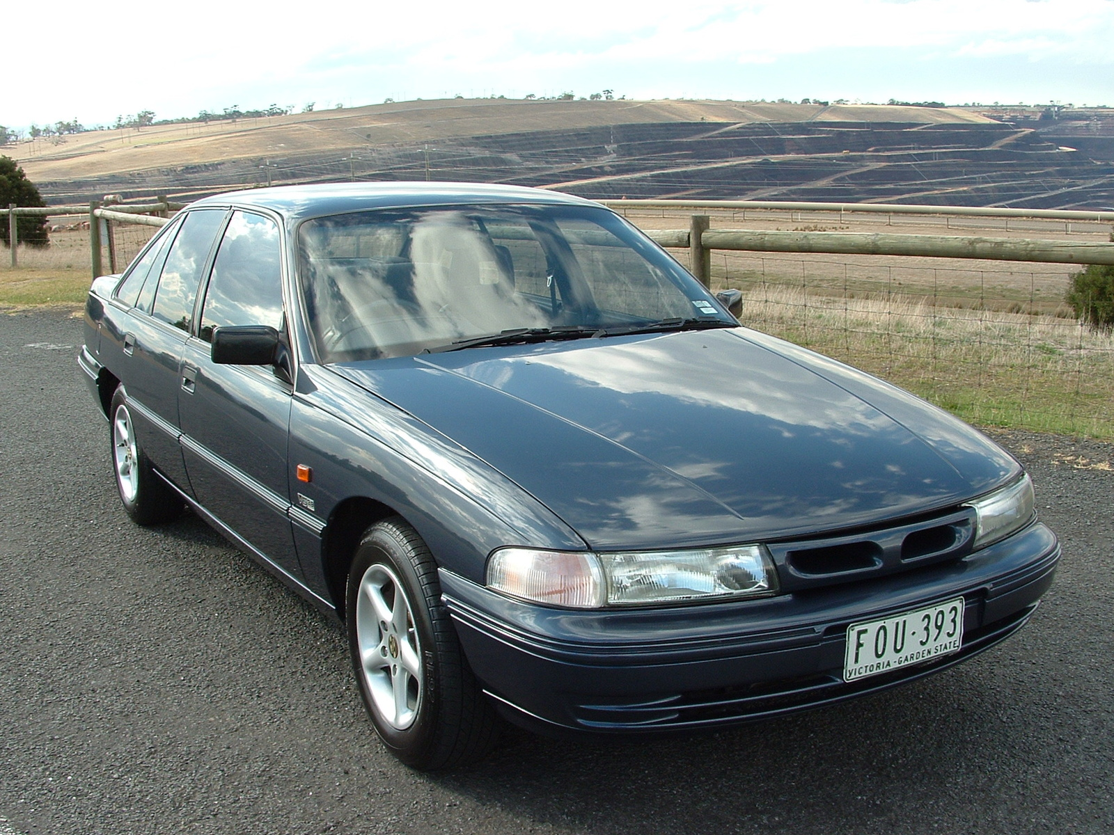 1992 Holden Commodore #14
