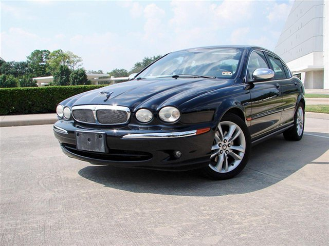 2007 Jaguar X-type #12