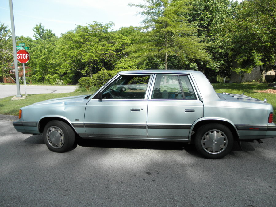 1986 Plymouth Reliant #9