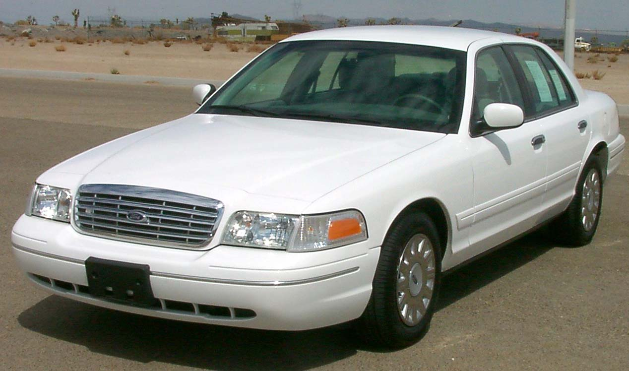 2007 Ford Crown Victoria #10