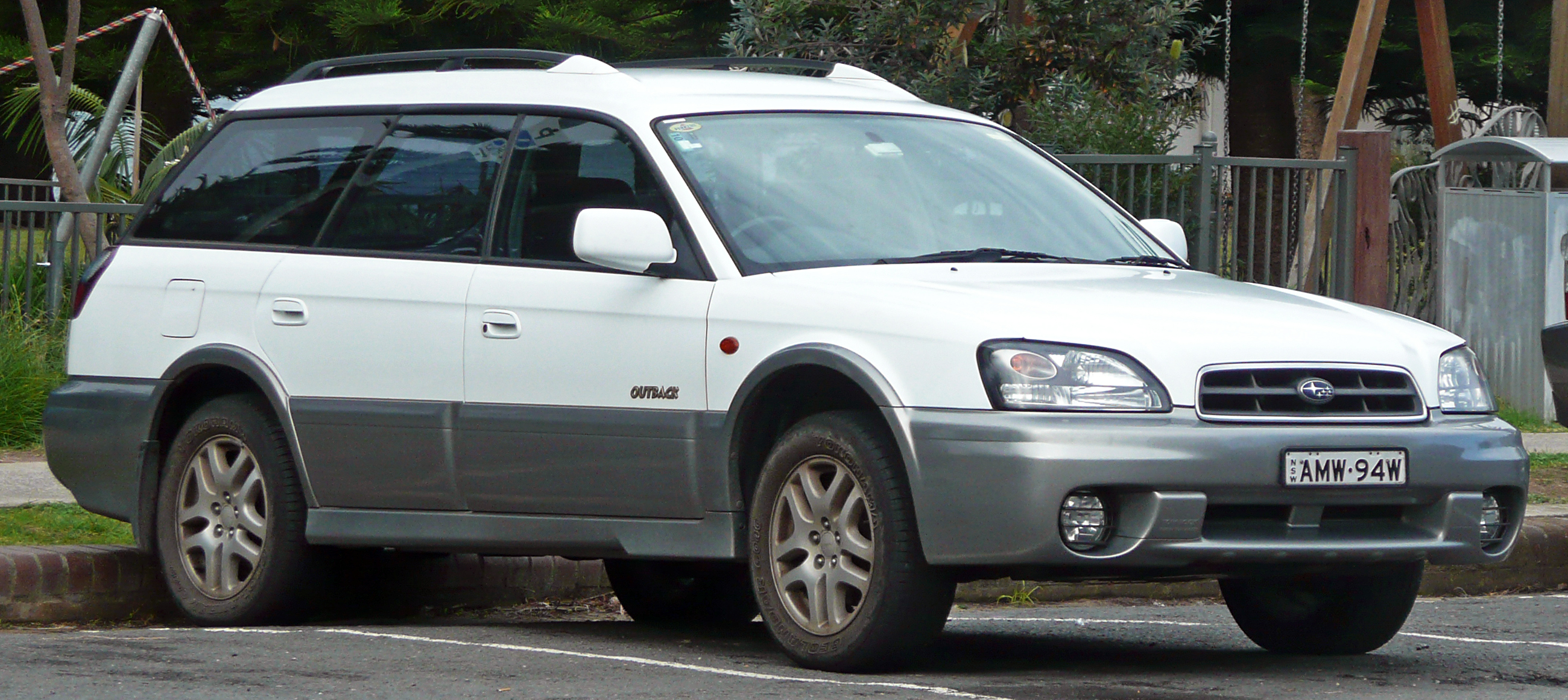 2003 Subaru Outback Photos Informations Articles Bestcarmag Com
