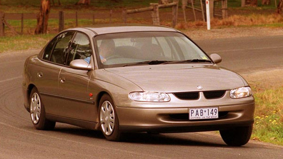 2000 Holden Commodore #4