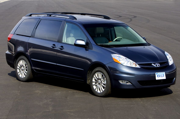 2009 toyota sienna photos informations articles. Black Bedroom Furniture Sets. Home Design Ideas