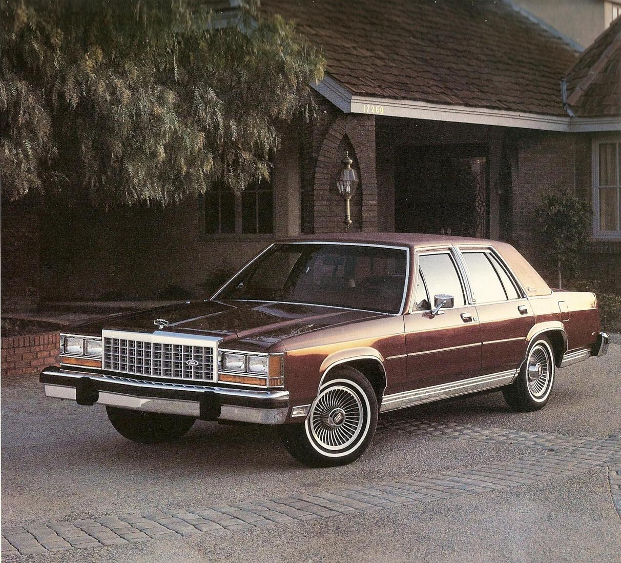 Ford Ltd Crown Victoria #19