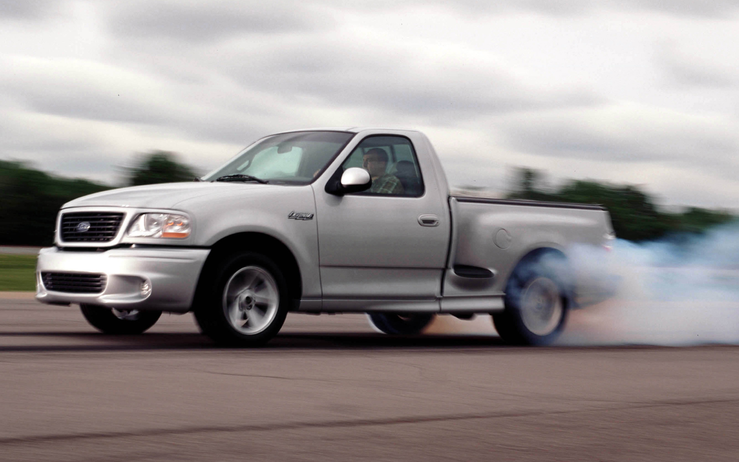 Ford F-150 Svt Lightning #18