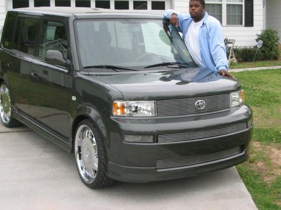2005 Scion Xb #10
