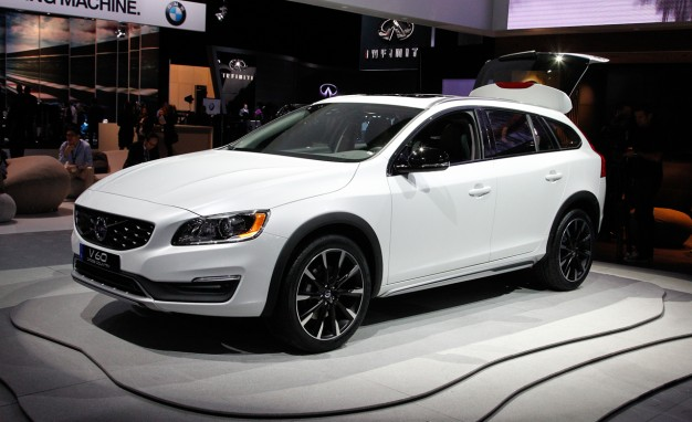 Volvo V60 Cross Country #2