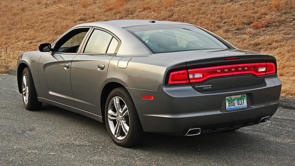 2012 Dodge Charger #16
