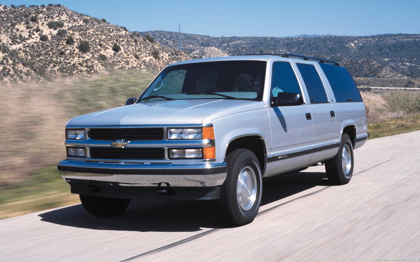 1998 Chevrolet Suburban Photos Informations Articles