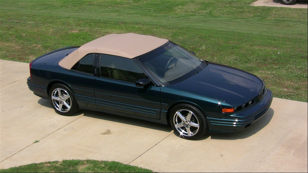 1995 Oldsmobile Cutlass Supreme #12