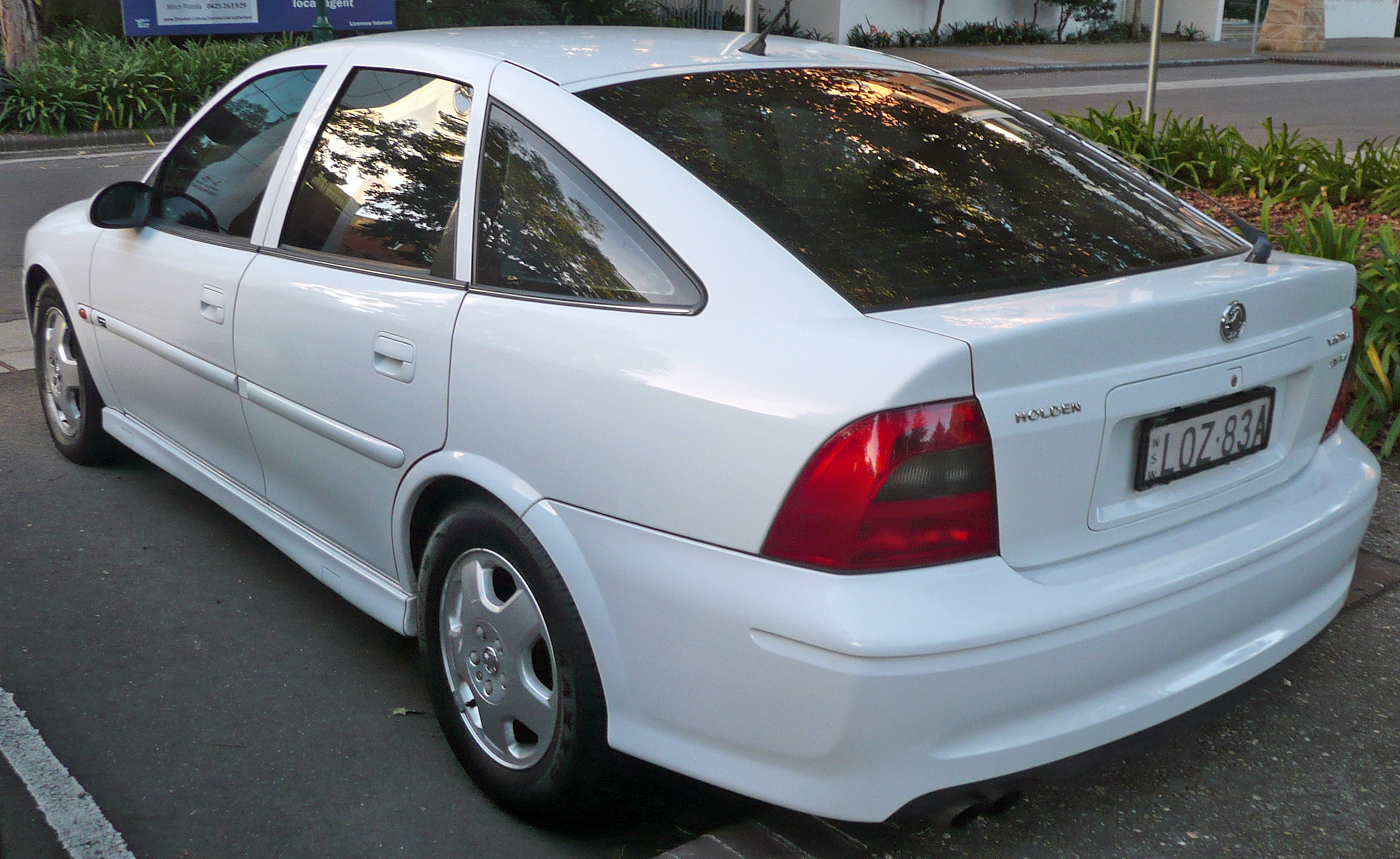 2000 Holden Vectra #5