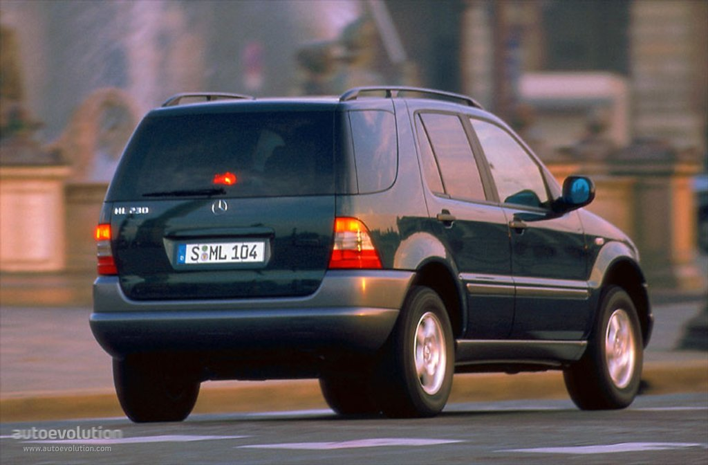 1997 Mercedes Benz ML #2