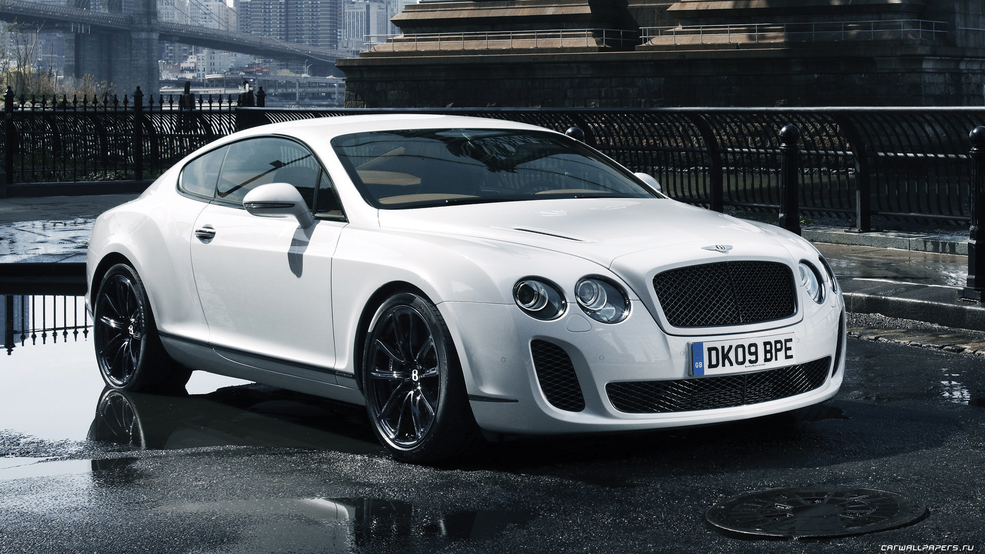 2012 Bentley Continental Supersports #2
