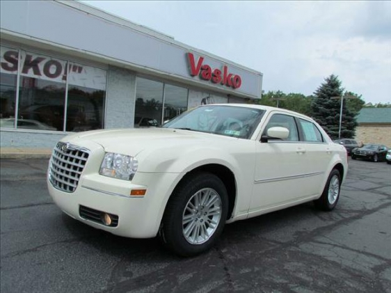 2009 Chrysler 300 #10