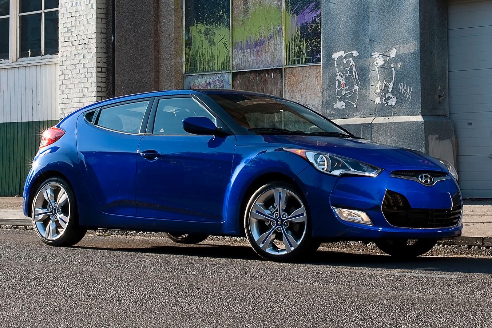 2015 hyundai veloster photos informations articles. Black Bedroom Furniture Sets. Home Design Ideas